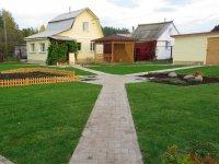 загородный участок с декоративным огородом